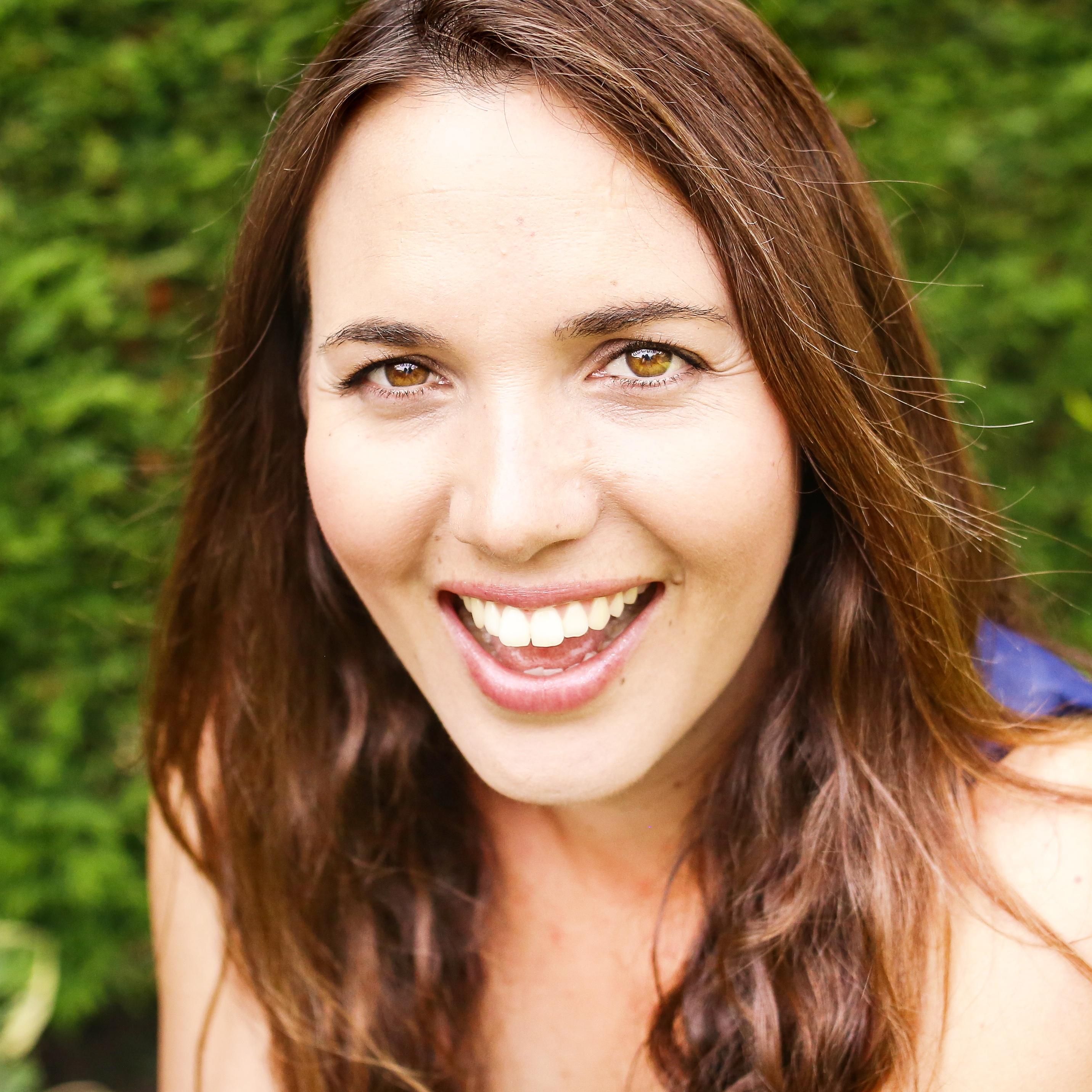 Lucille Abendanon Headshot